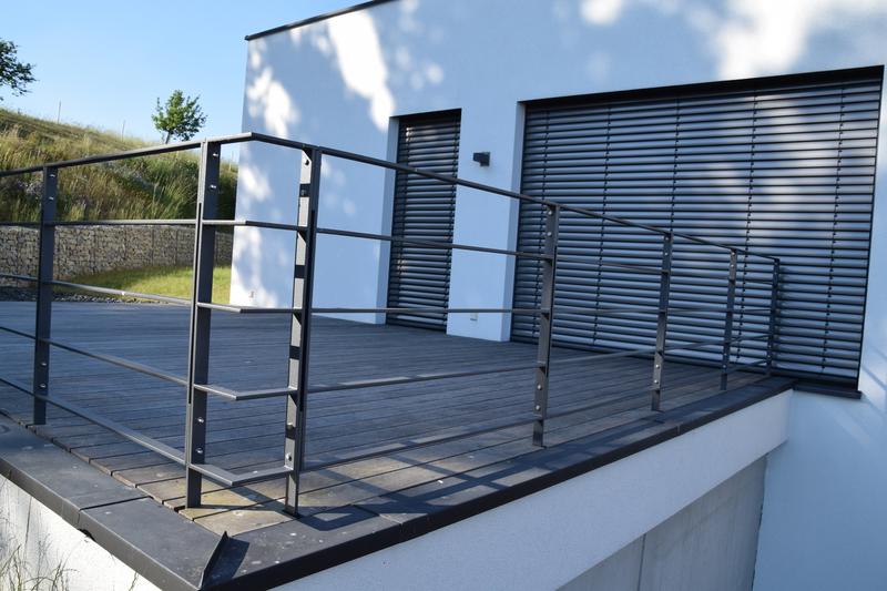 balkon gel nde wissel metallgestaltung balkongel nder. Black Bedroom Furniture Sets. Home Design Ideas