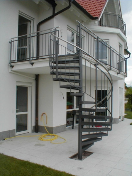 wissel metallgestaltung treppen und balkone. Black Bedroom Furniture Sets. Home Design Ideas